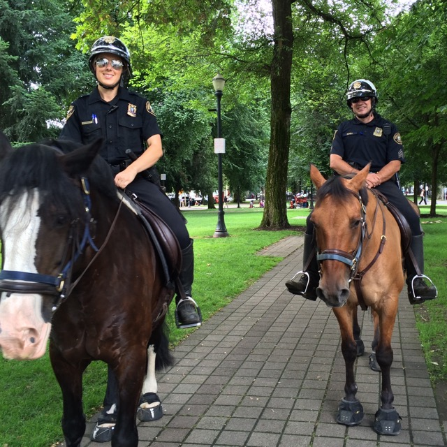 PDX mounted police